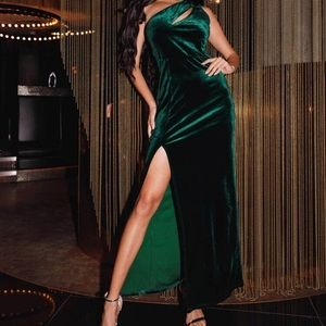One Shoulder Split Thigh Velvet Dress